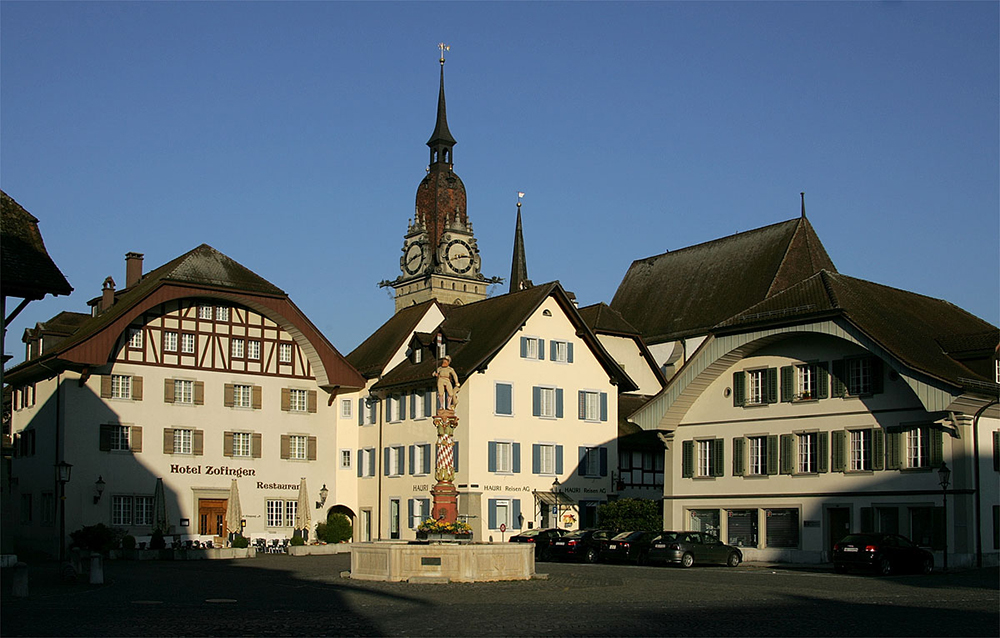 "Niklaus-Thut-Platz in Zofingen, AG (Bild: Roland Zumbuehl, Wikimedia, <a href=""https://creativecommons.org/licenses/by/3.0/deed.de"" target=""_blank"" rel=""nofollow"">CC</a>)"