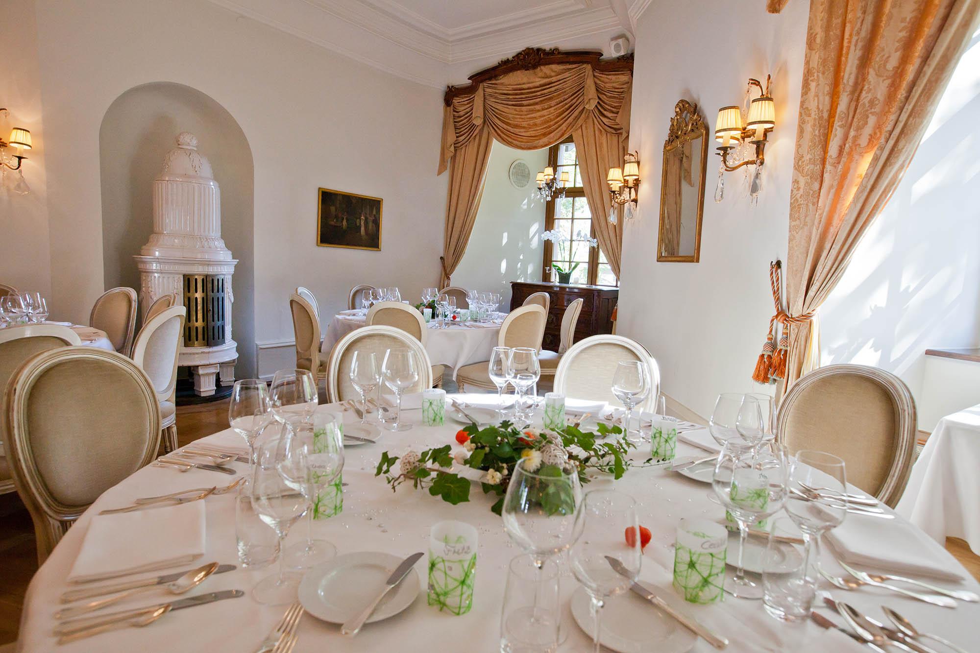 Schloss Binningen Hotel Gourmet Restaurant Binningen