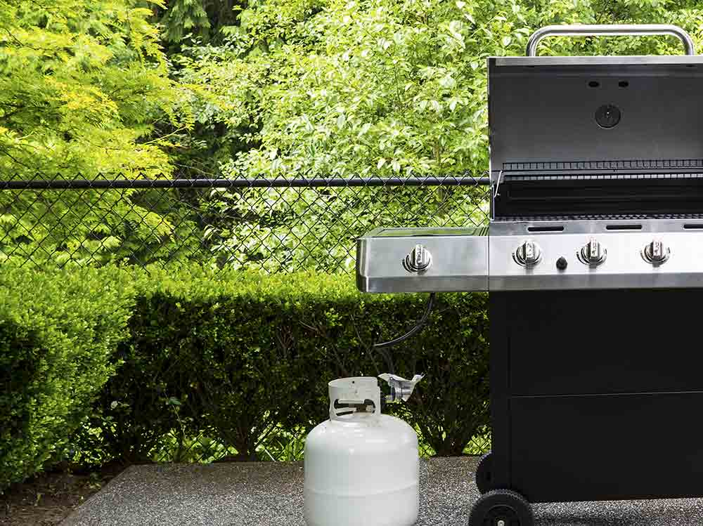 Smoker Grill (Bild: © tab62 - shutterstock.com)