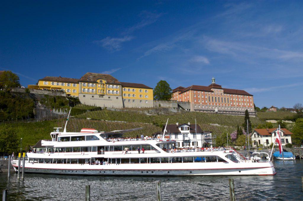Staatsweingut und neues Schloss Meersburg, Baden-Württemberg (© Hans-Peter Siffert, weinweltfoto.ch)