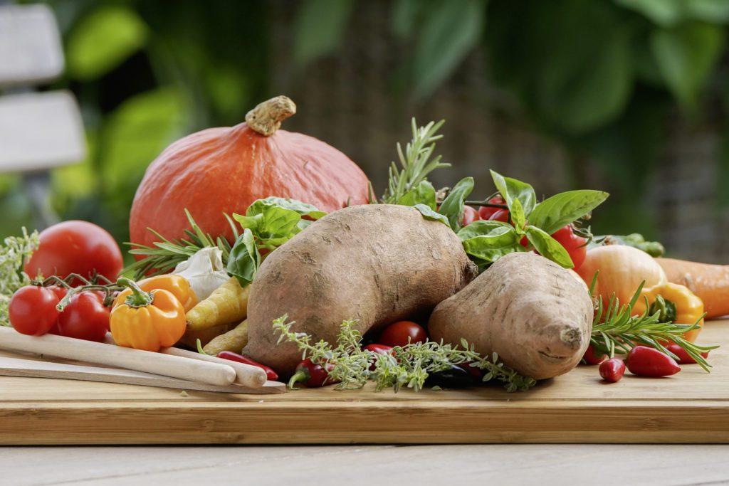 Süsskartoffeln ergänzen die klassische Küche meisterhaft. (Bild: © Picturegarden | Rohner)