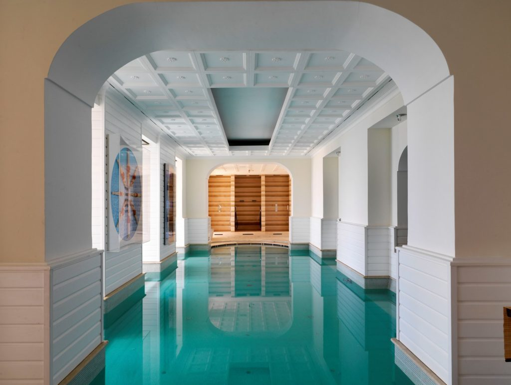 Capri Tiberio Palace_Pool_(c) Preferred Hotels and Resorts