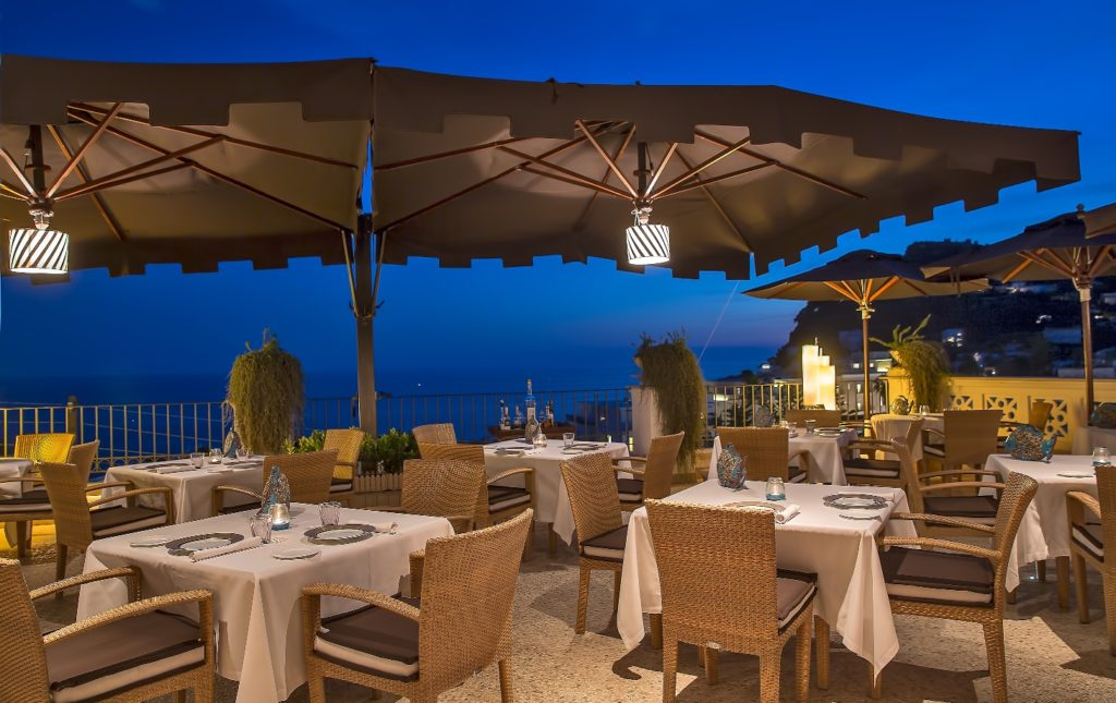 Capri Tiberio Palace_Restaurant_(c) Preferred Hotels and Resorts