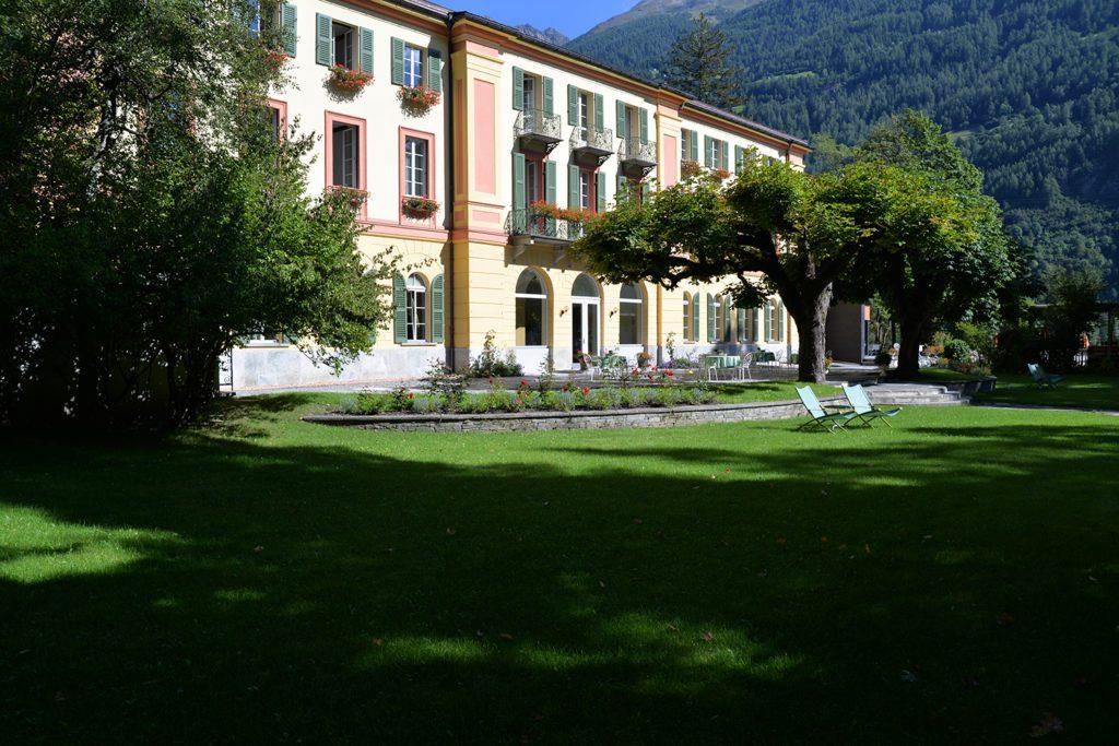 Hotel Le Prese - Hausansicht (© Garten Hotels Schweiz)