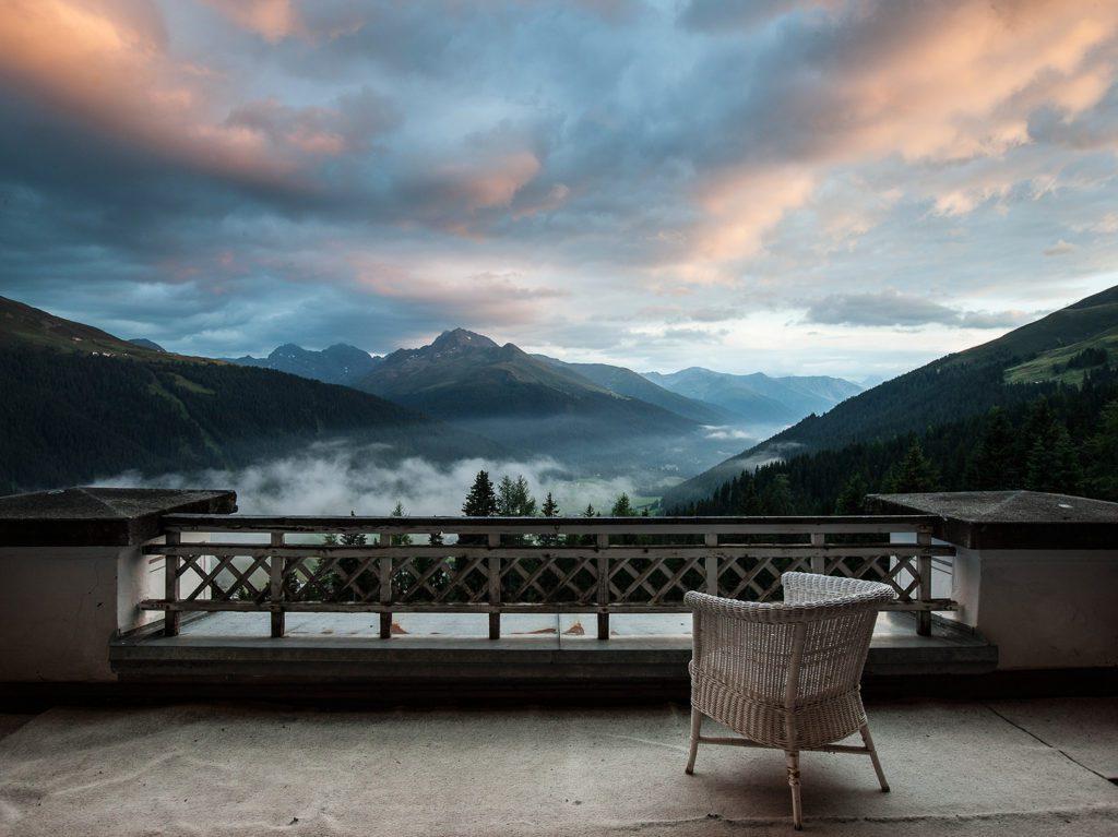 Hotel Schatzalp - Terrasse (© Garten Hotels Schweiz)