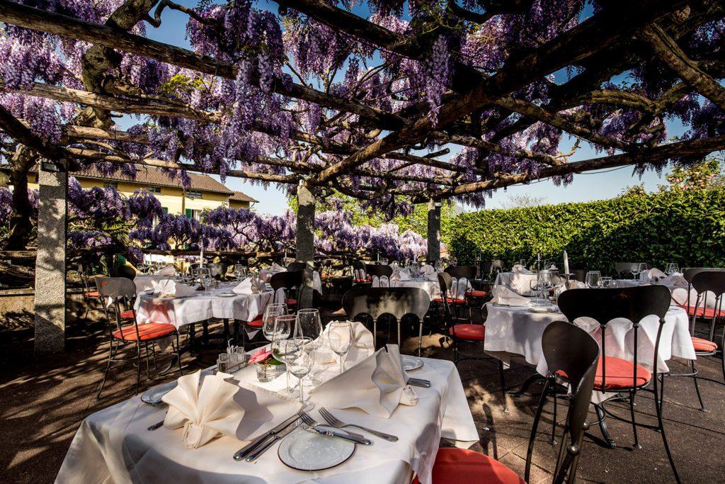 Hotel Villa Corona - Gartenrestaurant (© Garten Hotels Schweiz)