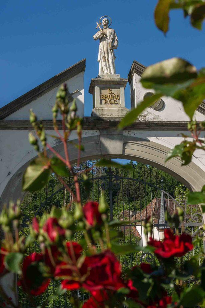 Kartause Ittingen - Blumen mit Bogen (© Garten Hotels Schweiz)
