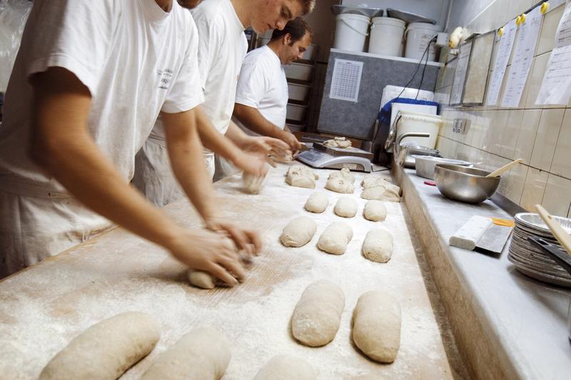 Gemäss einer Studie essen 99 Prozent der Bevölkerung Brot. (© Nicolas Répond/SGPV)