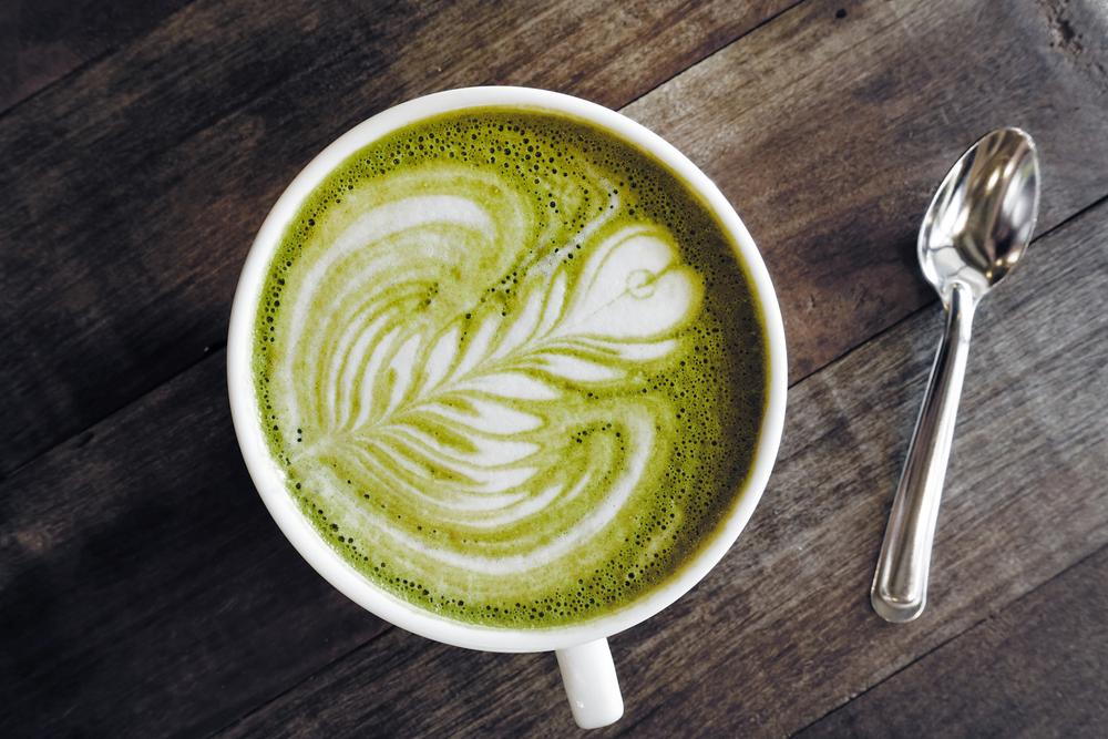 Matcha Latte (Bild: © nimon - shutterstock.com)