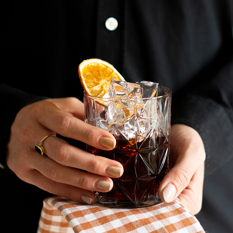 HomeTender_Mood_Negroni_Small_Quadrat