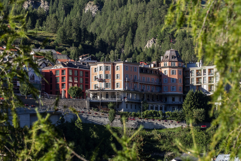 Hotel Belvedere mit Ala Nova und Chasa Nova