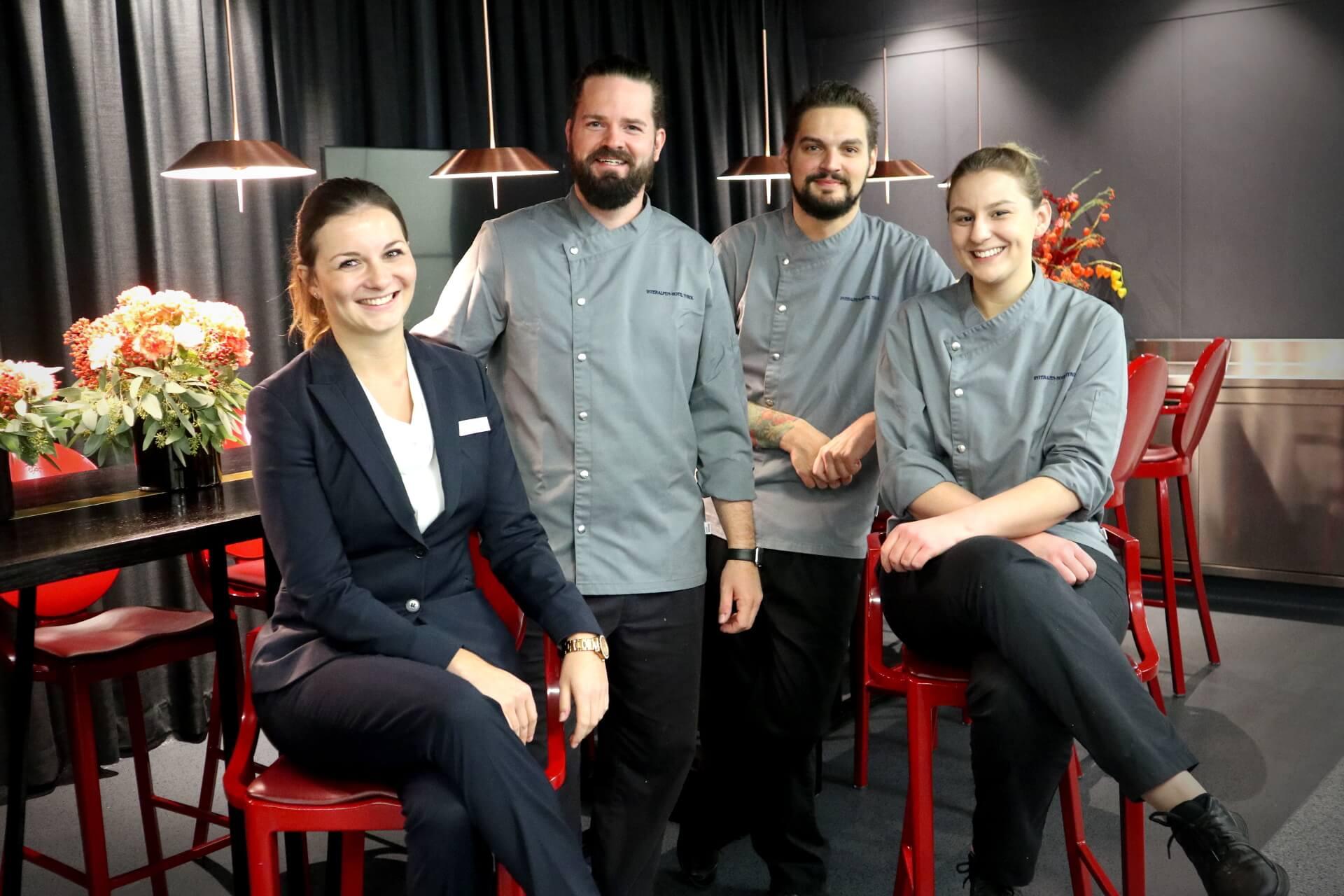 Theresa Lichtmannegger (Chef Sommelière), Mario Döring (Küchenchef), Daniel Senst (Stv. Küchenchef), Nadine Hicker (Chef Patissière)
