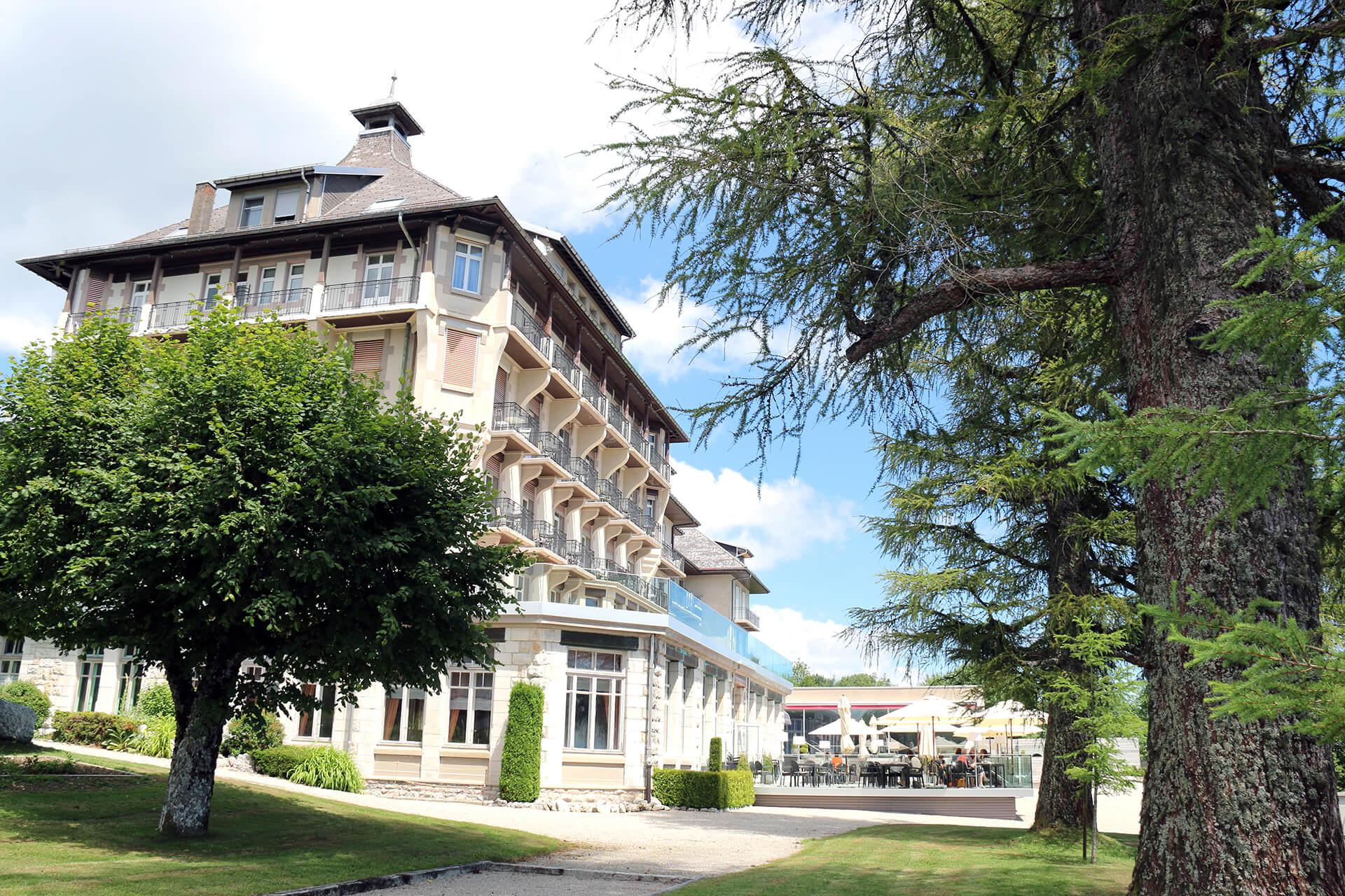 Grand-Hotel-des-Rasses-Batiment-Exterieur