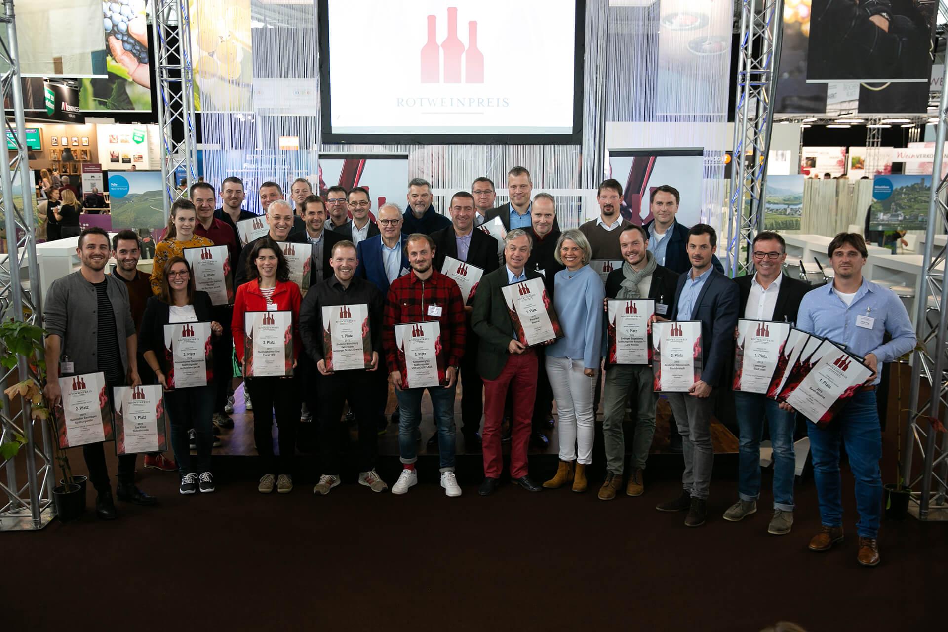 Gruppenfoto Sieger Rotweinpreis 2018