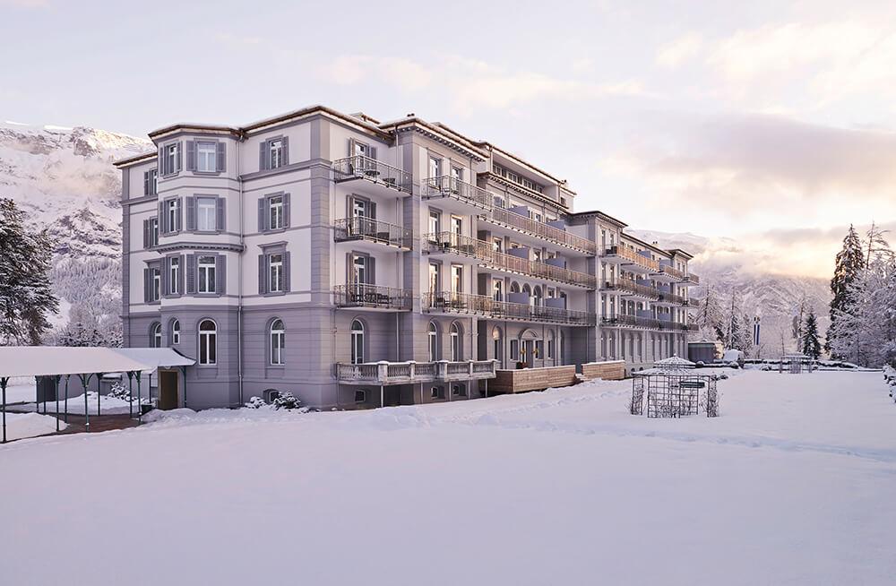 5. Waldhaus Flims_Aussenansicht Winter